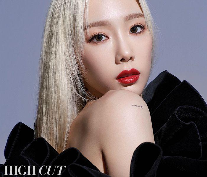 """[화보] 태연 """"소녀시대 멤버들은 평생 친구"""""""