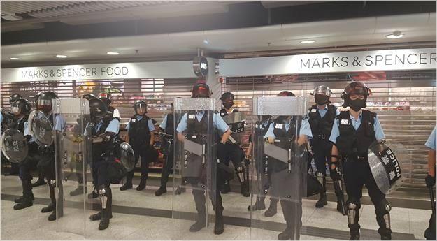 홍콩 시위 장기화에 中·서방 갈등 전선 확산