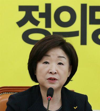 """심상정 """"삭발은 최후의 투쟁방법…黃 약자 코스프레"""""""