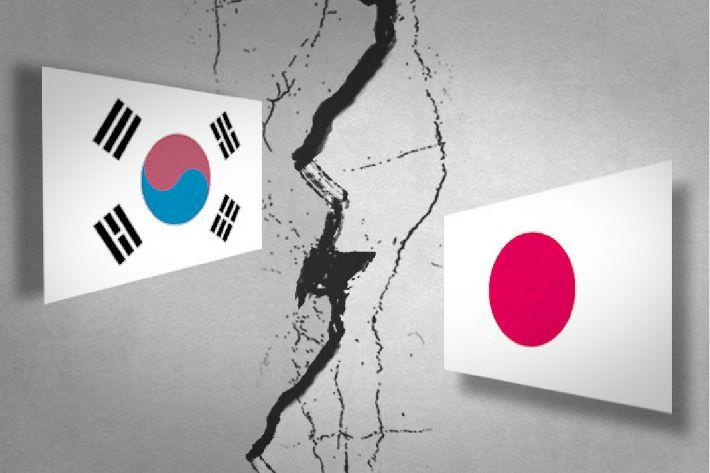 WTO 제소→백색국가 제외…日에 대응해 꺼내든 '두번째 칼'