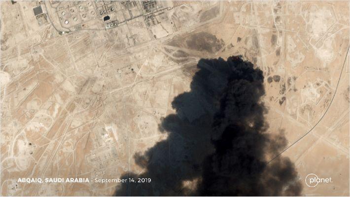 """이란, """"사우디 석유시설 공격 안했다"""" 美에 공식 전문"""