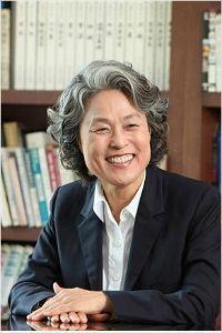 '업무상 횡령' 이순자 전 경주대 총장에 '징역 2년·집유 3년'