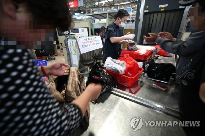 중국 여행객 소시지·육포서 '아프리카 돼지열병 유전자' 검출