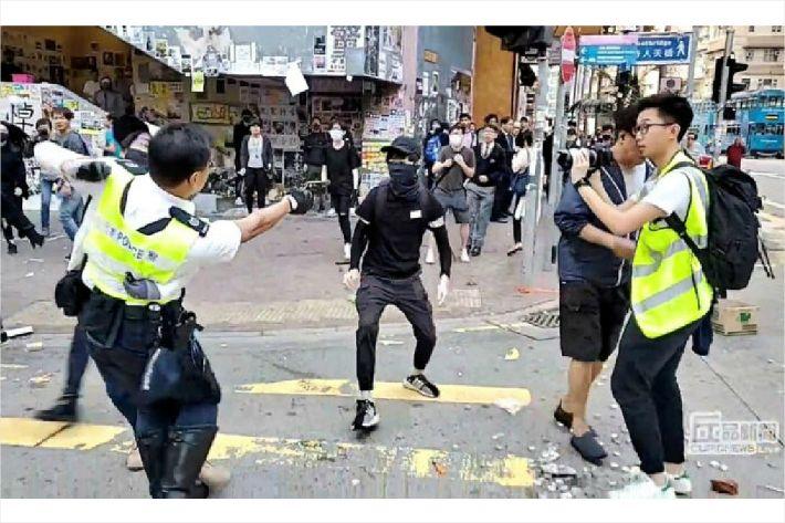 """홍콩 교민 """"사망, 실탄, 방화...앞이 까마득합니다"""""""