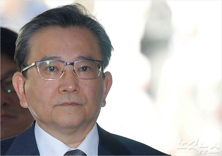 [뒤끝작렬] 검사 김학의는 사업가들과 이렇게 어울렸다