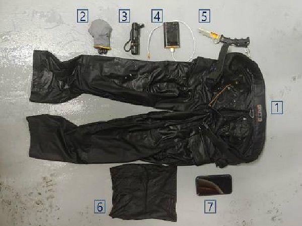 독도 헬기 사고 28일째…실종자 바지·동체 잔해만 발견
