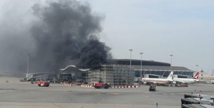 홍콩항공, 시위 장기화로 공항 이용료조차 못내…항공기 7대 압류