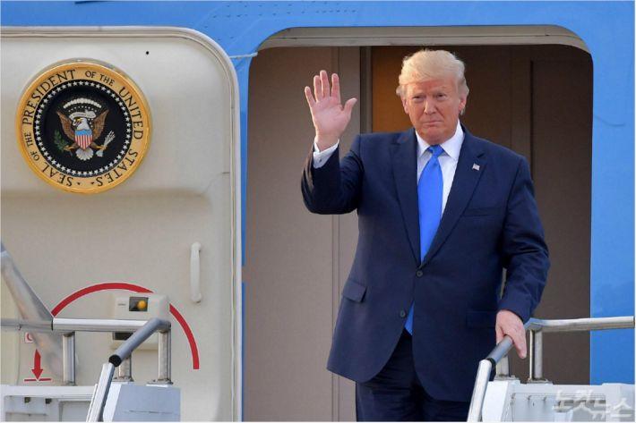 """트럼프 """"미·중 1단계 무역협상, 매우 이른 시일 내 서명"""""""