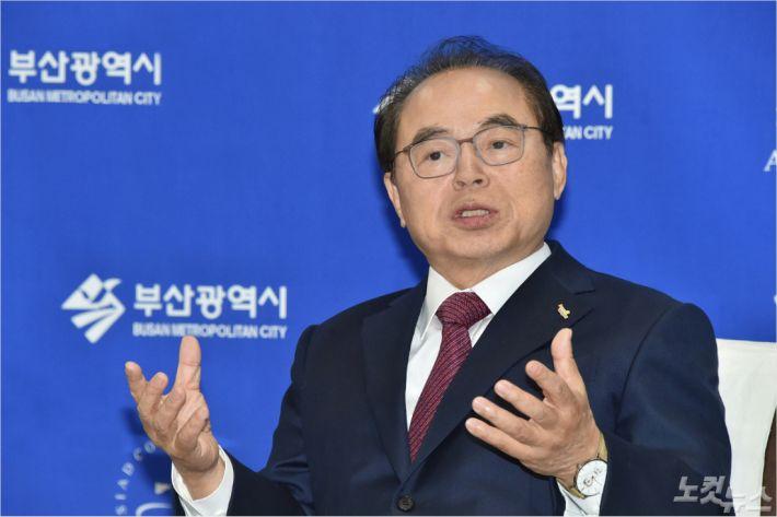 """<새해 인터뷰> 오거돈 부산시장 """"성과 내는 2020년 만들겠다"""""""
