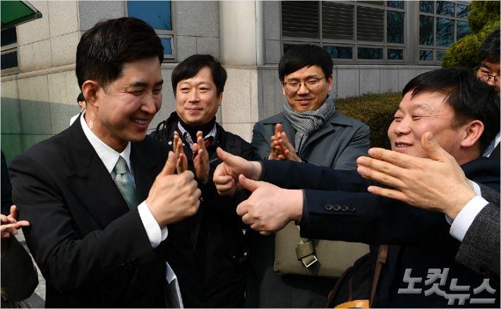 """정의당 측 """"'땅콩회항' 폭로 박창진, 비례대표 도전"""""""