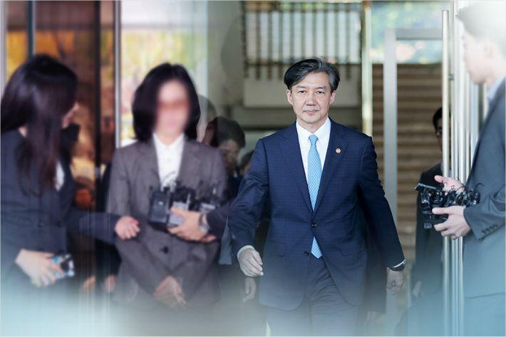 정경심 재판부 바뀌자→'조국 부부 사건' 병합 재요청