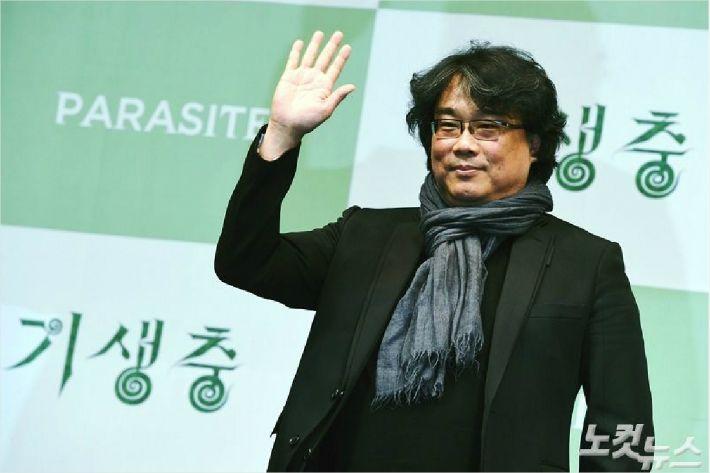 """""""국뽕 남발하는 사회, 경쟁 심각한 분위기의 반영"""""""