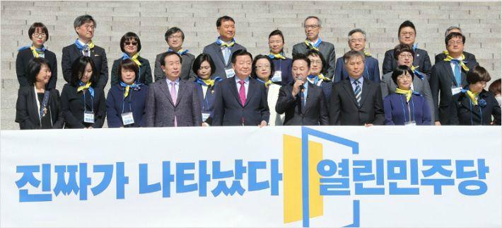 """윤태곤 """"열린민주당, 파괴력 점점 더 커질 것"""""""