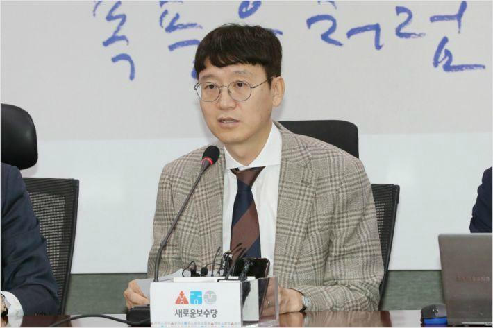 """김웅 """"n번방 처벌하자는 게 정치공작이라면, 해야죠"""""""
