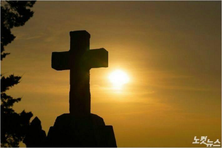 """[인터뷰] 손봉호 """"생명무시하며 부활절 모이는 건 반역...하나님이 기뻐하는 예배 아냐"""""""