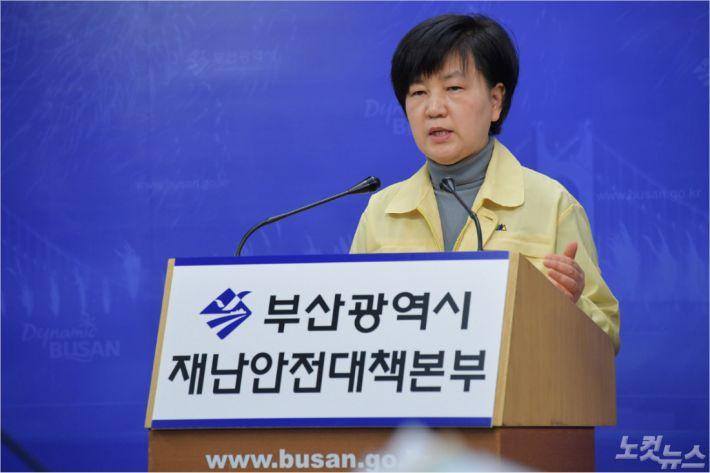 부산의 코로나19 야전사령관, 안병선 부산시 건강정책과장