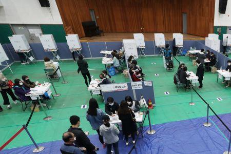 [속보]오후 4시 총선 투표율 59.7%…사실상 60% 넘어