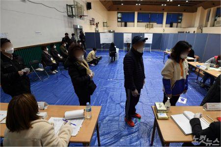 [노컷브이]코로나도 물리친 투표 열기…14대 총선 이후 최고 투표율