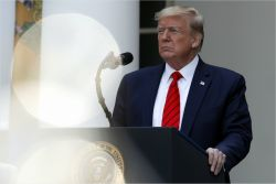 """트럼프, 미중 무역합의 재협상 가능성에 """"전혀 관심없다"""""""