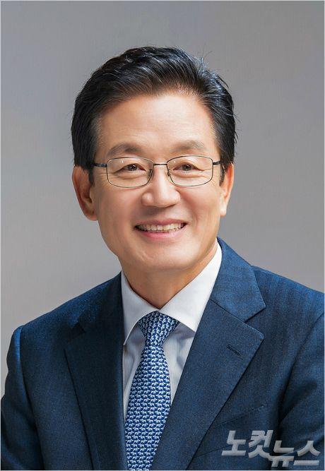 민주당 정정순, '간이과세 기준 2억 원' 1호 법안 발의