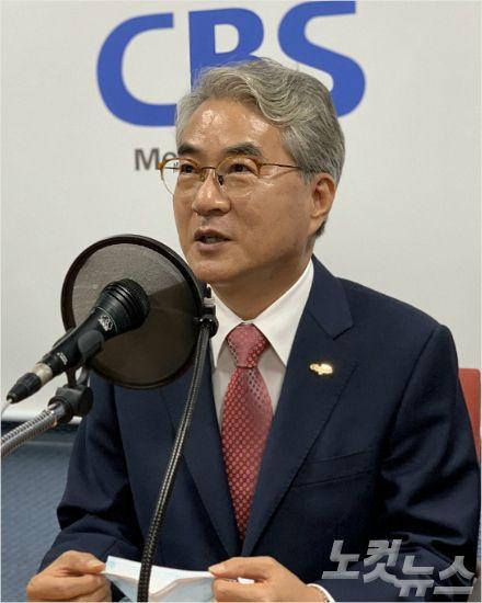 """""""마스크 쓰고 수업 가혹…수업시간 줄이기 논의해야"""""""