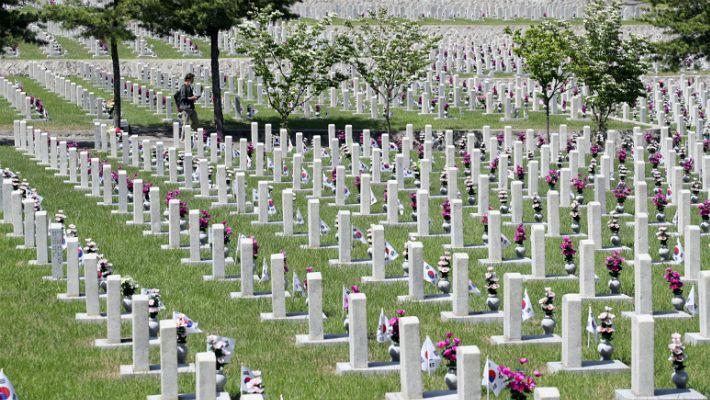 여의도서 때아닌 '국립묘지 안장' 전쟁…국회서 무슨일이
