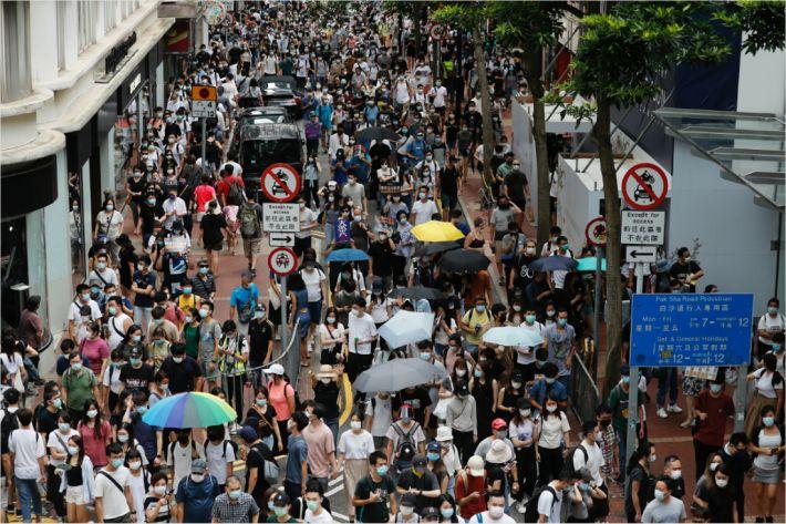 홍콩 공용어 영어·중국어인데 보안법은 중문본 '우선' 논란