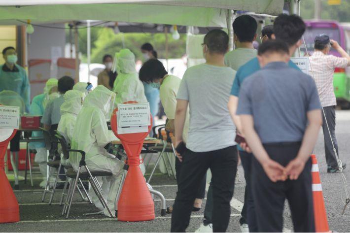 [속보]광주 방문판매 관련 105명…관악구 왕성교회발 39명 확진