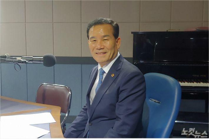 """신상해 부산시의회 의장 """"일자리 창출·사회안전망 강화"""""""