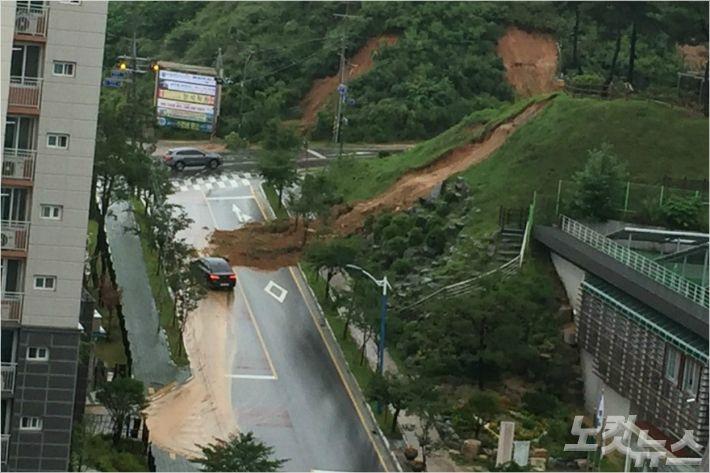 충북 폭우로 4명 사망.8명 실종...수색 난항(종합)