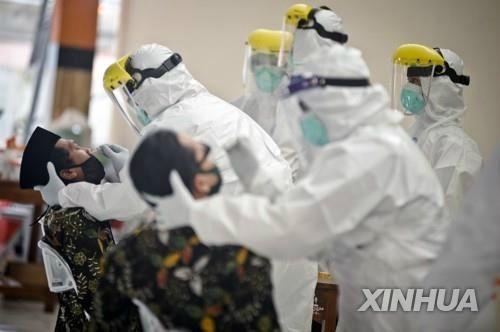 인도네시아, 의사 72명 코로나 사망…보호장비 부족 때문