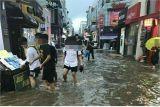 아산 기록적인 폭우로 도시 곳곳 침수..하천 범람 위기