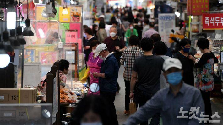 김치·오징어 등 수입 추석 성수품  가격 일부 올라