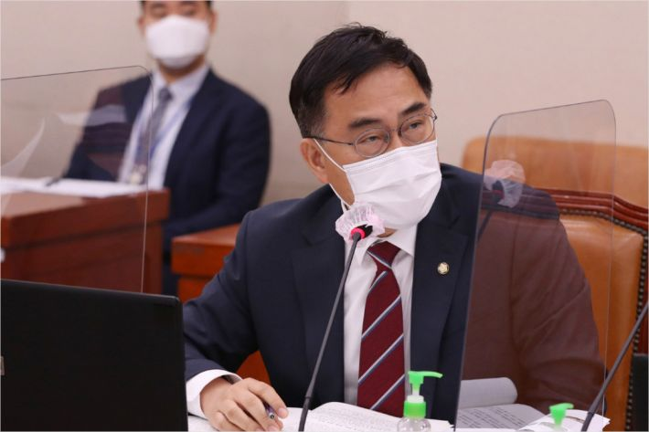 1조8백억 국민혈세 들어간 모태펀드, '깜깜이' 검증
