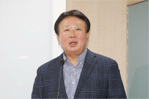 """선동열 감독, SK 사령탑 부임하나…""""후보 중 한 명…최근 면접"""""""