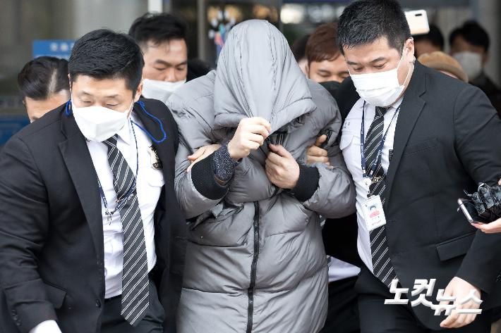 '정인이 사건' 양부도 '살인죄' 적용하라…靑 청원 22만 돌파