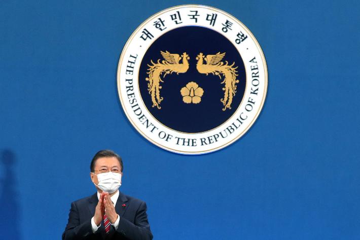 """[영상]문 대통령 """"김정은 답방 먼저 이뤄지길 고집할 필요는 없어"""""""