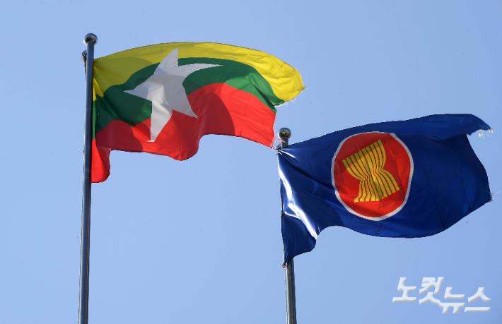 """광주 인권상 수상자들 """"미얀마 민주주의를 복권하라"""""""