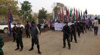 [그래픽뉴스]미얀마 시위로 숨진 민간인 459명 달해