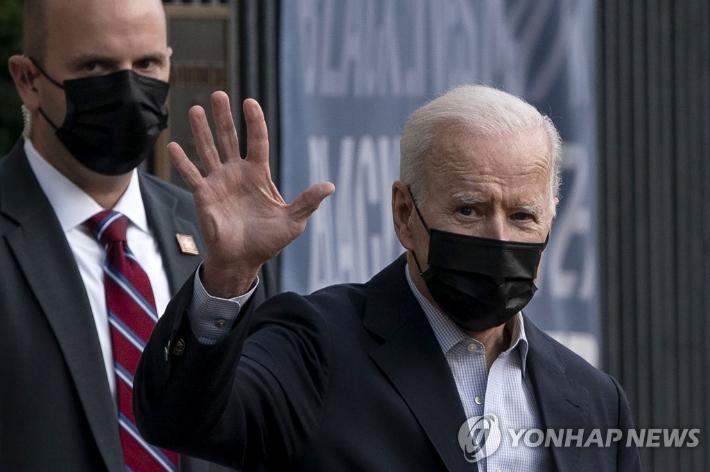 """바이든 """"LG·SK 배터리분쟁 합의, 美 노동자·차산업 승리"""""""