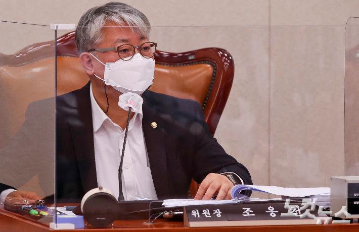 """조응천 """"조국 지지층 아니면 의원 될 수 없다?…참으로 오만"""""""