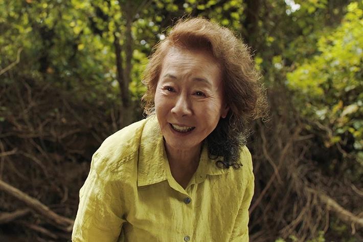 [다시, 보기]74세 동양인 배우 윤여정, 오스카를 바꾸다