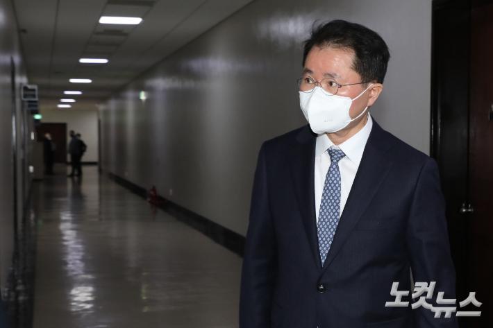 """'강남 2주택자' 여운국 공수처 차장 """"한 채는 매물로 내놨다"""""""