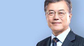 [그래픽뉴스]文대통령 취임후 4년 국정지지도 변화