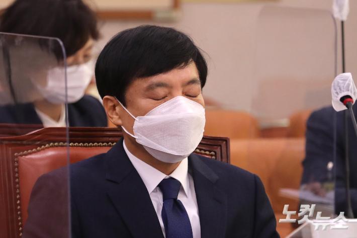 대검, 이성윤 기소 승인했다…수사팀 기소 방침