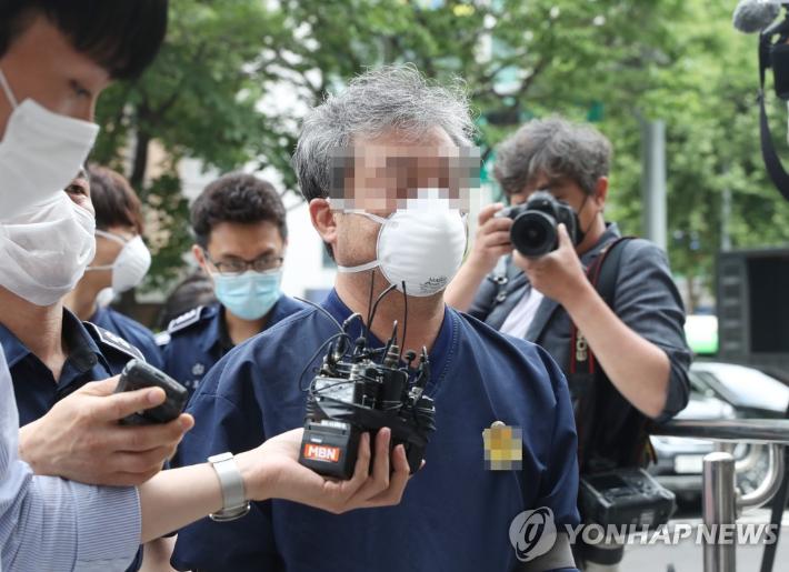 '라임 로비' 이강세, 징역 5년…靑 청탁 명목 돈받은 혐의 '유죄'