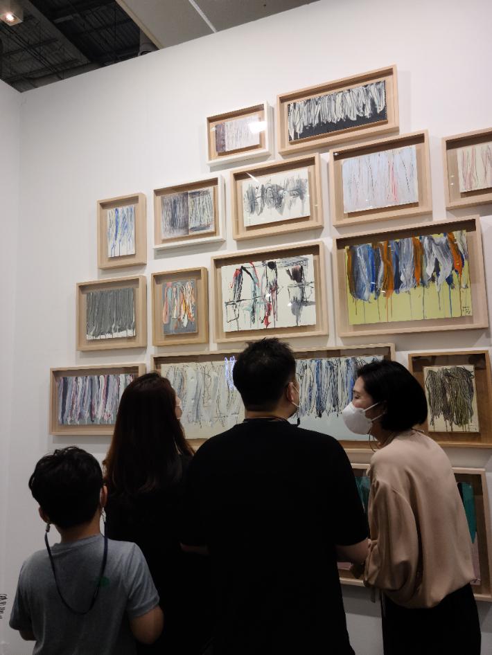 세계 유명 갤러리가 부산에…'아트부산' 뜨거운 열기