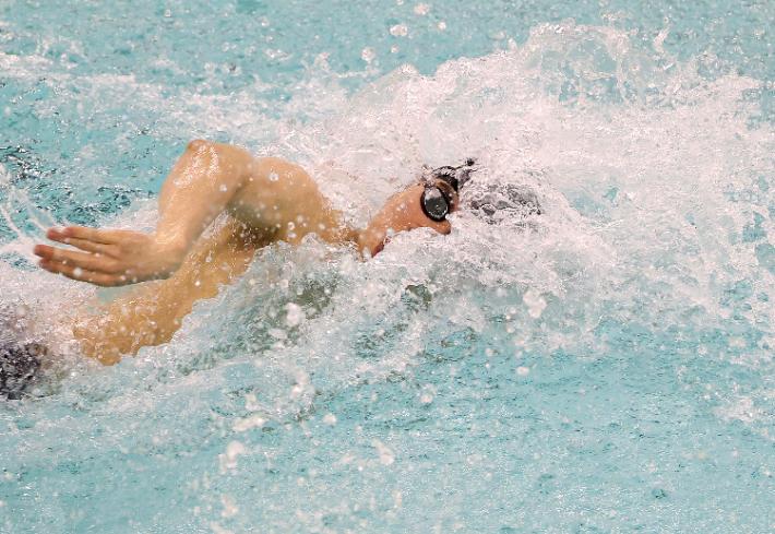 황선우, 자유형 200m서 또 세계주니어신기록…1분44초96