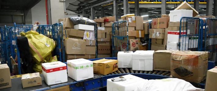 [뉴스쏙:속]우체국 신선식품 접수중단…택배차질 현실로