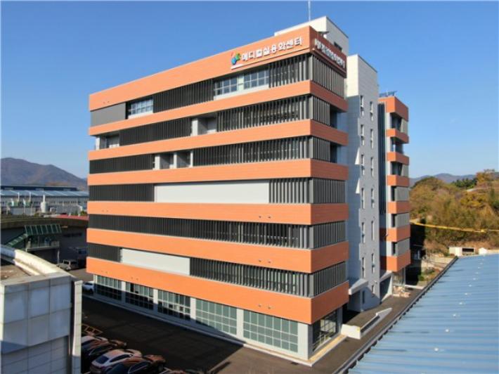 김해 메디컬바이스 실용화센터 가동…의료기기 전주기 지원